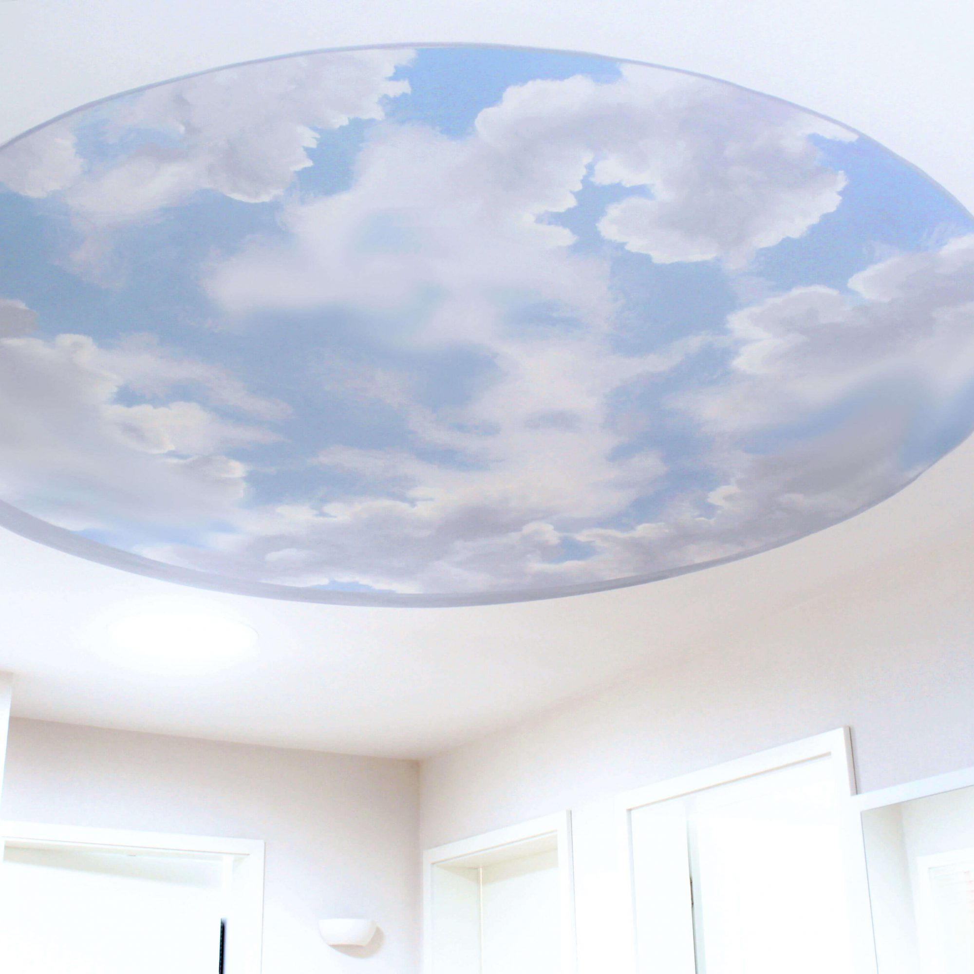 Himmel Bemalung an der Zimmerdecke